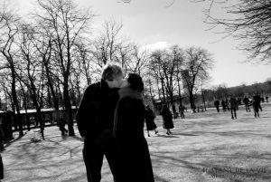 4.Le-baiser-dans-le-jardin-du-Luxembourg.jpg