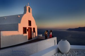 Santorini-Sunset-Couple.jpg